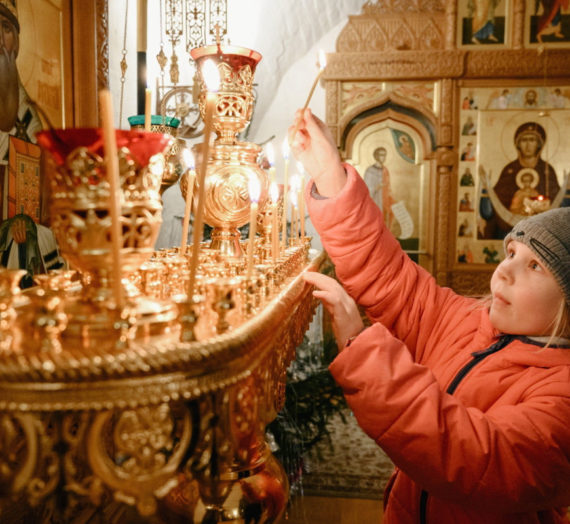 Рождественское богослужение в Старицком Свято-Успенском монастыре.