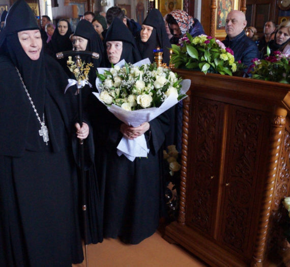 В Борисоглебском Аносином монастыре отметили 7-летие игуменства настоятельницы обители.