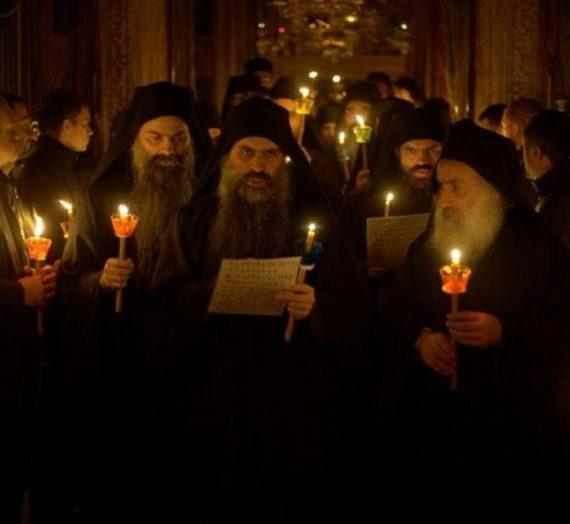 Во всех афонских монастырях одновременно помолились об избавлении мира от пандемии.