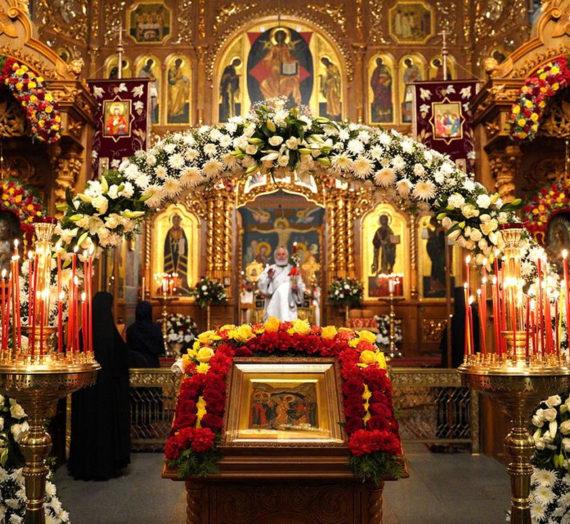 В Дивеевском монастыре встретили Светлое Христово воскресение.