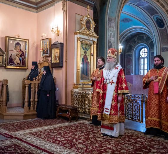 Архиепископ Феогност возглавил в Покровском монастыре празднование дня памяти блаженной Матроны Московской.