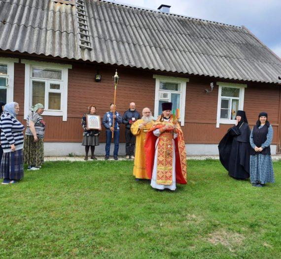 День святых праведных жен-мироносиц в Ольгинском женском монастыре.